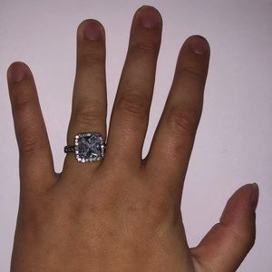 Jewelry: Silver Ring w/ Large Faux Square Diamond